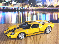 2004 FORD GT - 1/43 MINICHAMPS LIMITED EDITION 100 YEARS FORD