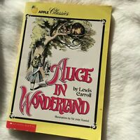 Alice's Adventures in Wonderland by Lewis Carroll, Apple Classics
