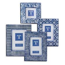 Two's Company - Frame Set - Batik Print