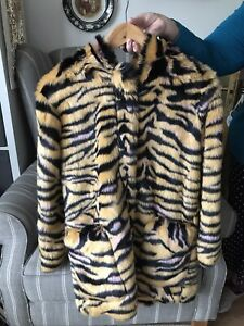 KENZO STUNNING FAUX FUR COAT WITH ZIP FOR AGE 16 WORN TWICE ONLY