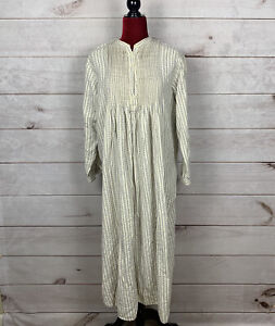 LL Bean Vintage Dobby Striped Pintuck Flannel Nightgown Cream Blue Size  M
