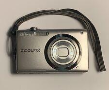 Nikon COOLPIX S3000 12.0MP Digital Camera - Silver