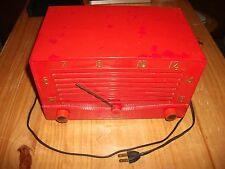 VERY NICE VINTAGE TRUETONE TUBE RADIO - TRUETONE MODEL D-2214A - 1953 ?