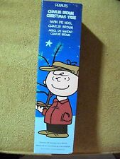 Peanuts Charlie Brown Tree NRFB 18 Inches Tall With Linus Blanket Desk Tabletop