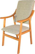 Silla sillon de madera, tapizada beige arena para salon comedo. Envio montado