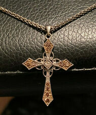14k White Gold Pendant Cross Diamond Chocolate Champagne