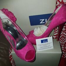'ZU' LADIES STILETTOS HOT PINK LACE AND SATIN SIZE 7 AS NEW FORMAL WEDDING RACES