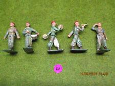 Lot de 5 figurines Starlux béret rouge