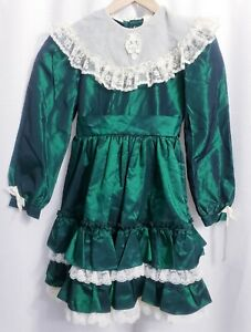 """Martha's Miniatures Green Ruffled Frilly Dress size 10 with Bell """"We're Fussy"""""""