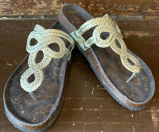 Muk Luks Women's Gold Betsy Terra Turf Sandal Size 10