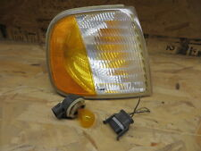 FORD EXPEDITION 97-02 FORD F150 97-03 FORD F250 97-99  CORNER LIGHT PASSENGER RH