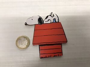 Figurine Old Wood Vilac trousselier - Snoopy On Kennel