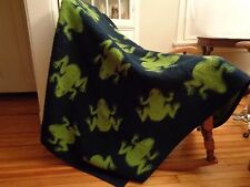 WEST GERMANY acrylic blend fleece blanket navy and green frogs 54 x 70 reverse