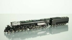Athearn Genesis 4-8-8-4 Big Boy Union Pacific Unlettered DCC w/Sound N scale