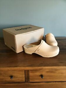 Sandgrens Swedish Wooden Leather Clogs Tokyo Nude Size 40 Mules New With Box