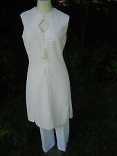 1970's mod hippie ivory zigzag crochet knit two piece dress and pants union tag