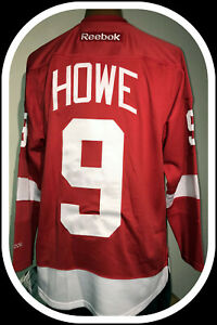DETROIT RED WINGS GORDIE HOWE REEBOK PREMIER JERSEY WITH CAPTAINS C ADULT SMALL