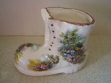 VINTAGE LION POTTERY STAFFORDSHIRE ENGLAND DECORATIVE BOOT COUNTRY COTTAGE
