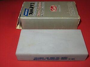 "Norton HB-4 Hard Arkansas 4"" x 2"" Oilstone Natural SHARPENING Stone-NICE SHAPE"