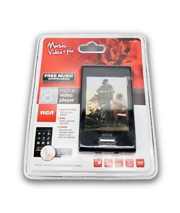"""RCA M7208 MP3 + Video Player 8GB (Music Video + Pix) 2.8"""" Touch Screen Display"""