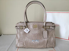 NWT COACH MADISON GATHERED LEATHER KARA CARRYALL HANDBAG PUTTY 22325