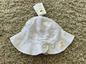 BNWT White Mothercare Sunhat. Age 1-3 Years