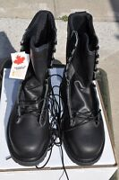 Canadian Army STEEL TOE Temperate Safety Boots Combat Boots NEW 9.5 R/W 265/100