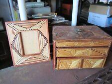 VINTAGE TRAMP PRISON ART FOLK PRIMITIVE DIAMOND WOOD CHEST BOX LINED & Old FRAME