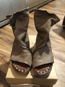 EUC A.S. 98 Free People Brielle Leather Sz 39 US 8-8.5  Sandal Ankle Boot TAUPE