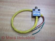 Telemecanique MS02S06-04 Limit Switch MS02S0604 - Used