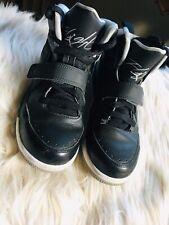 Youth Boys Nike Air Jordan Flights Us Size 3y LIGHTLY USED