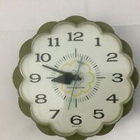 Vintage GE General Electric Wall Clock Kitchen Avocado Daisy Flower Mid Century