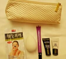 Estee Lauder Cream Colored Make Up Cosmetic Bag Loaded Samples & Products GLOBAL