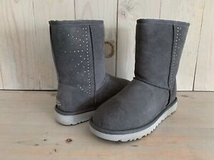UGG CLASSIC SHORT STUDDED CHARCOAL SUEDE CRYSTAL WOMEN'S BOOTS  US 10  NIB