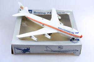 STUYVESANT 747 FLUGZEUG VON SCHUCO  - MIT OVP, 1970ER JAHRE - ******