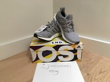Adidas Ultra Boost 1.0 S77517 de color gris metálico de plata