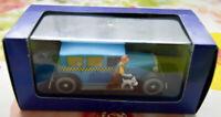 Voiture 1:43 Atlas En voiture Tintin Le Taxi Checker Tintin en Amérique 1945 TBE