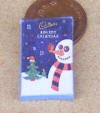 1:12 SCALA Vuoto Natale Avvento Calendario Casa delle Bambole Accessorio Natale DISPLAY F