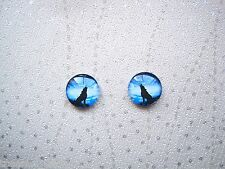DOMED GLASS VIVID BLUE HOWLING WOLF Stud 12mm SP Earrings Halloween Wolves