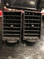 CHRYSLER 300C 3.0 V6 Crd Hemi Centre Dash Air Vents Blower Fans Pair