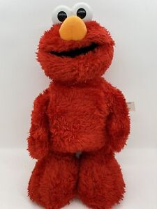 Tickle Me Elmo TMX 2006 Sesame Street Fisher Price Talks Laughs Moves
