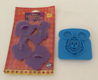 WALT DISNEY MICKEY MOUSE TOAST PRESS HUNCHBACK OF NOTRE DAME COOKIE CUTTERS VTG