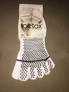 ToeSox LOW RISE Full Toe Grip Sole Socks Women's yoga pilates Dance Martial Arts