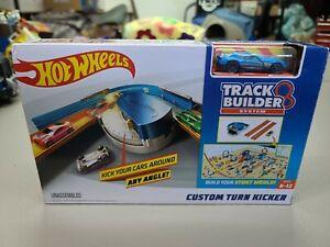 Hot Wheels Track Builder System Custom Turn Kicker Playset Ages 6-12