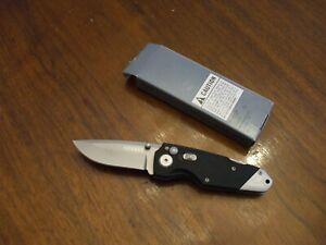 GERBER KNIFE #22-01021  OBSIDIAN, FINE EDGE.  NEW IN BOX ----- FREE SHIPPING