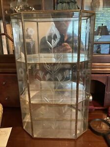 Vintage Mirrored Glass Brass Curio Display Cabinet With Etched Glass