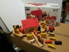 NOAH'S ARK Vintage Plan Toys Wooden Toy  18 Animals Included!! RARE!  VHTF