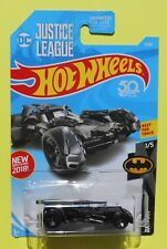 2018 Hot Wheels DC JUSTICE LEAGUE BATMAN BATMOBILE (1/5) 1:64 -Ships Free