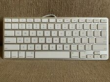 Apple A1242 Wired Keyboard