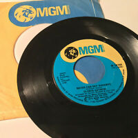 """GLORIA GAYNOR - Never Can Say Goodbye / We Just Cant- 7"""" 45RPM Vinyl Record - EX"""